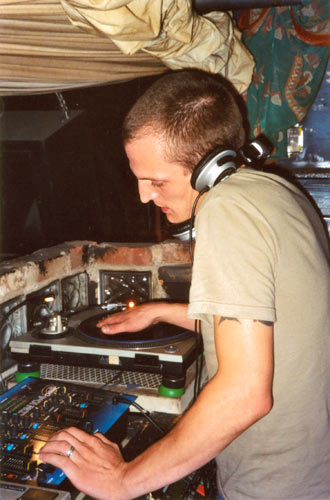 DJ Kobal plays a guest set at Rockdeep, July 2003